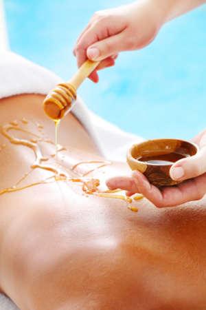 Honig in der Wellnessbehandlung